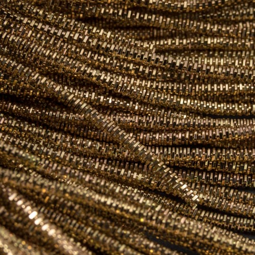 AA109. Antique gold bright check purl 1.3mm (3 metres)