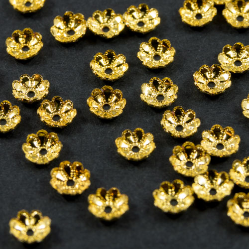 S2 Gold plated sequin 5mm x 20