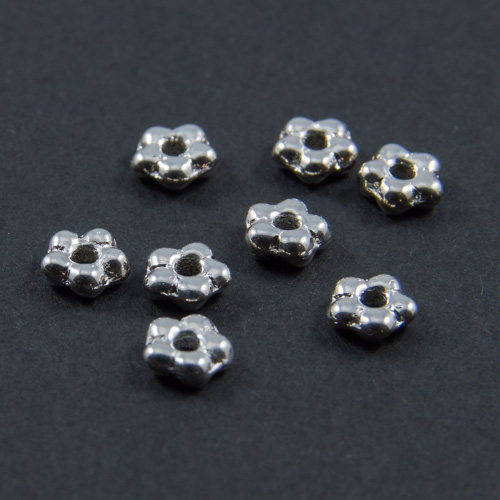 PF03. Silver flower beads 5mm