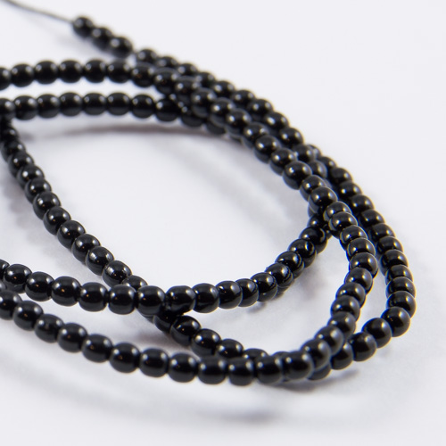 PR27. Round bead shiny black 2mm