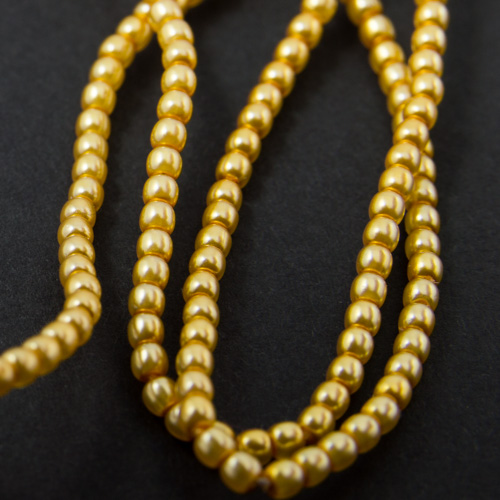 PR29. Perles rondes or clair 2mm