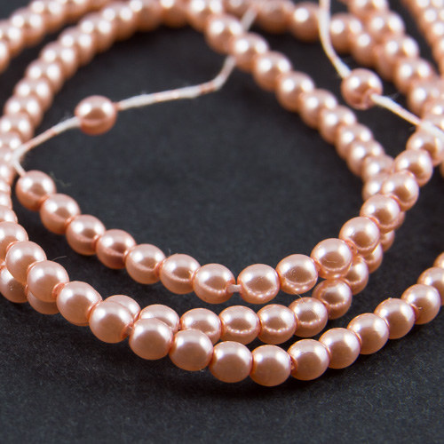 PR31. Round bead shiny peach 3mm