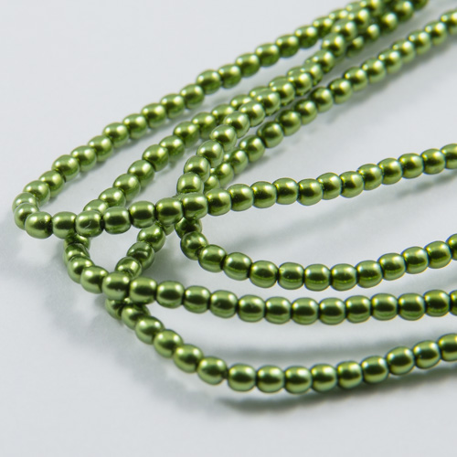PR39. Round bead apple green 2mm
